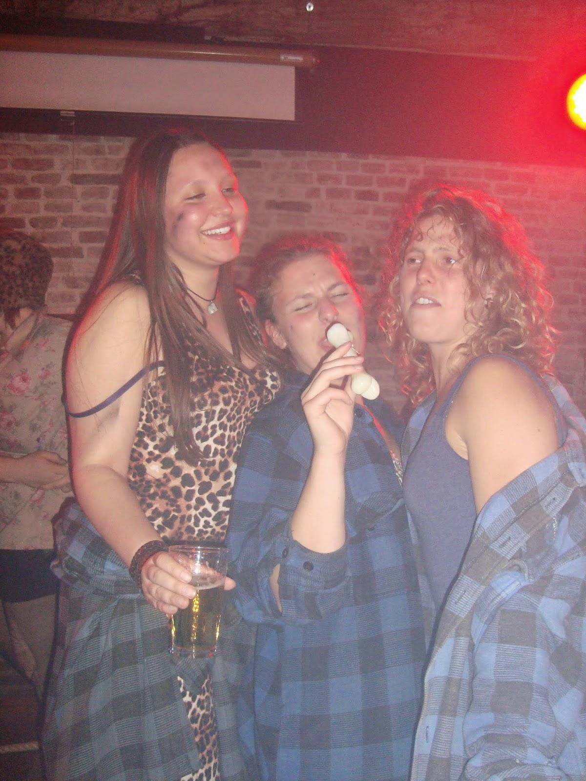 Amerigo feest 'Knuppel je eigen prooi'
