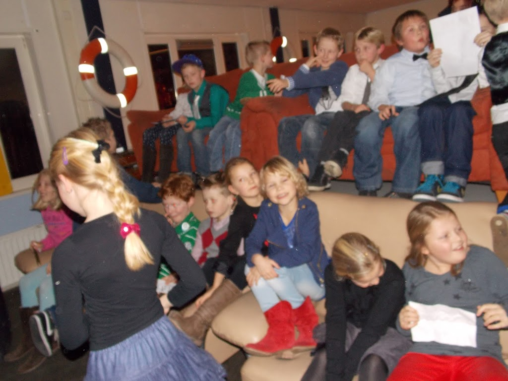 Bevers & Welpen - Kerst filmavond 2012 - DSCN0895.JPG
