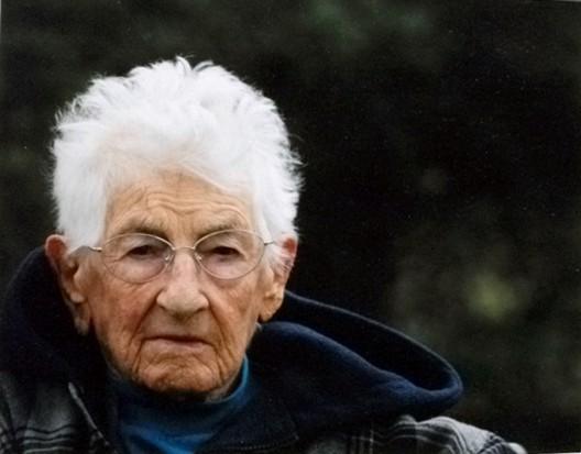 """Grandma White""photography by Kim Carr."