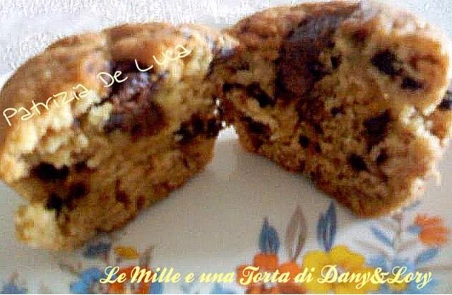 muffin ricotta e gocce di cioccolato con cuore al gianduiotto