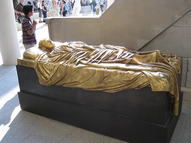 Надгробок Елізабет Бут на цвинтарі в Cimitero Evangelico degli Allori