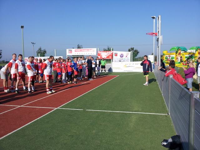 ČSFA - rodinný turnaj 2011 (záver) - 2011-09-24%2B09.25.10.jpg