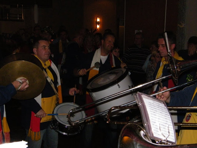 2009-11-08 Generale repetitie bij Alle daoge feest - DSCF0593.jpg