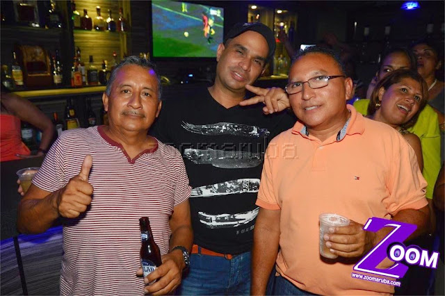 Latina 92.3fm Presenta 2do Festival de Karaoke @ Different Bar 4 April 2015 - Image_26.JPG