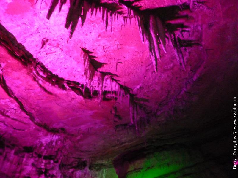 Потолок в пещерах Сетаплии