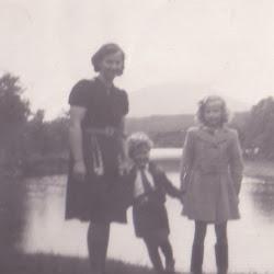 Mamma Harry Elsa ved vannet