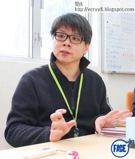 朱鏡祺在無綫工作超過 20年,現轉投香港電視,頭炮係佢最拿手的警匪片《警界線》,朱說:「新公司創作空間好大,喺無綫冇可能做到!」