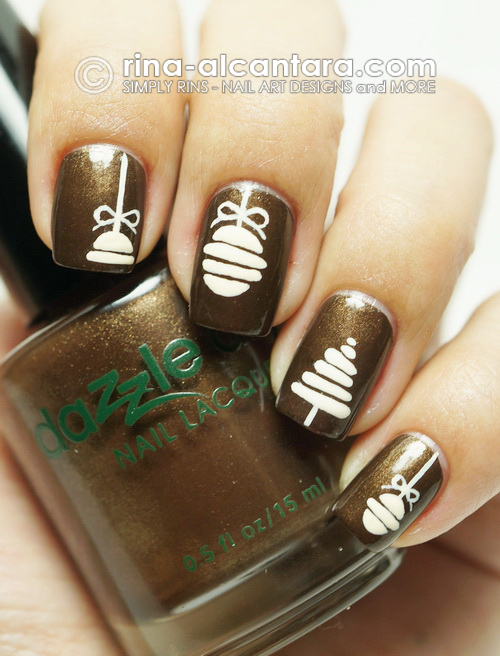 Vintage Christmas Nail Art Design on Dazzle Dry Secret Rendezvous