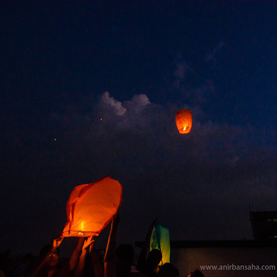 flying lantern, calcutta, debarshi duttagupta