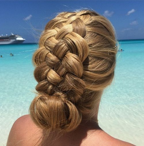 The Trendy Bun Hairstyles For Casual And Formal In Current Year 2017 15