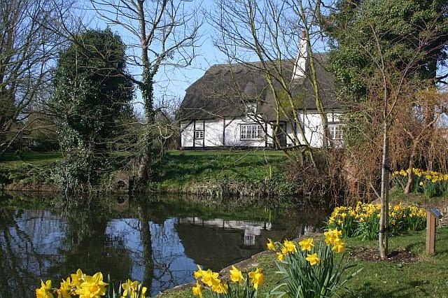 Woodhurst Pictures - Spring 2007 - 8648419510233_0_BG.jpg