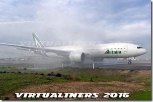 SCL_Alitalia_B777-200_IE-DBK_VL-0079