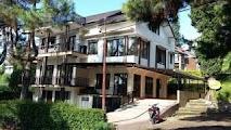 Villa Istana Bunga 7 Kamar enak buat ngumpul