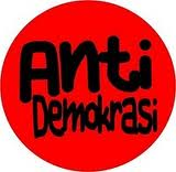 Download Disini anti demokrasi