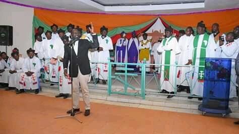 Deputy President William Ruto in a Church Service. PHOTO |FILE