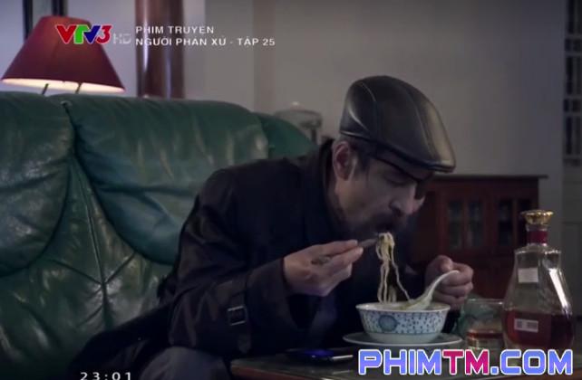 Trùm giang hồ giàu nứt vách, muốn gì có nấy mà 25 tập phim chỉ thấy Thế Chột ăn mỗi mỳ tôm! - Ảnh 2.