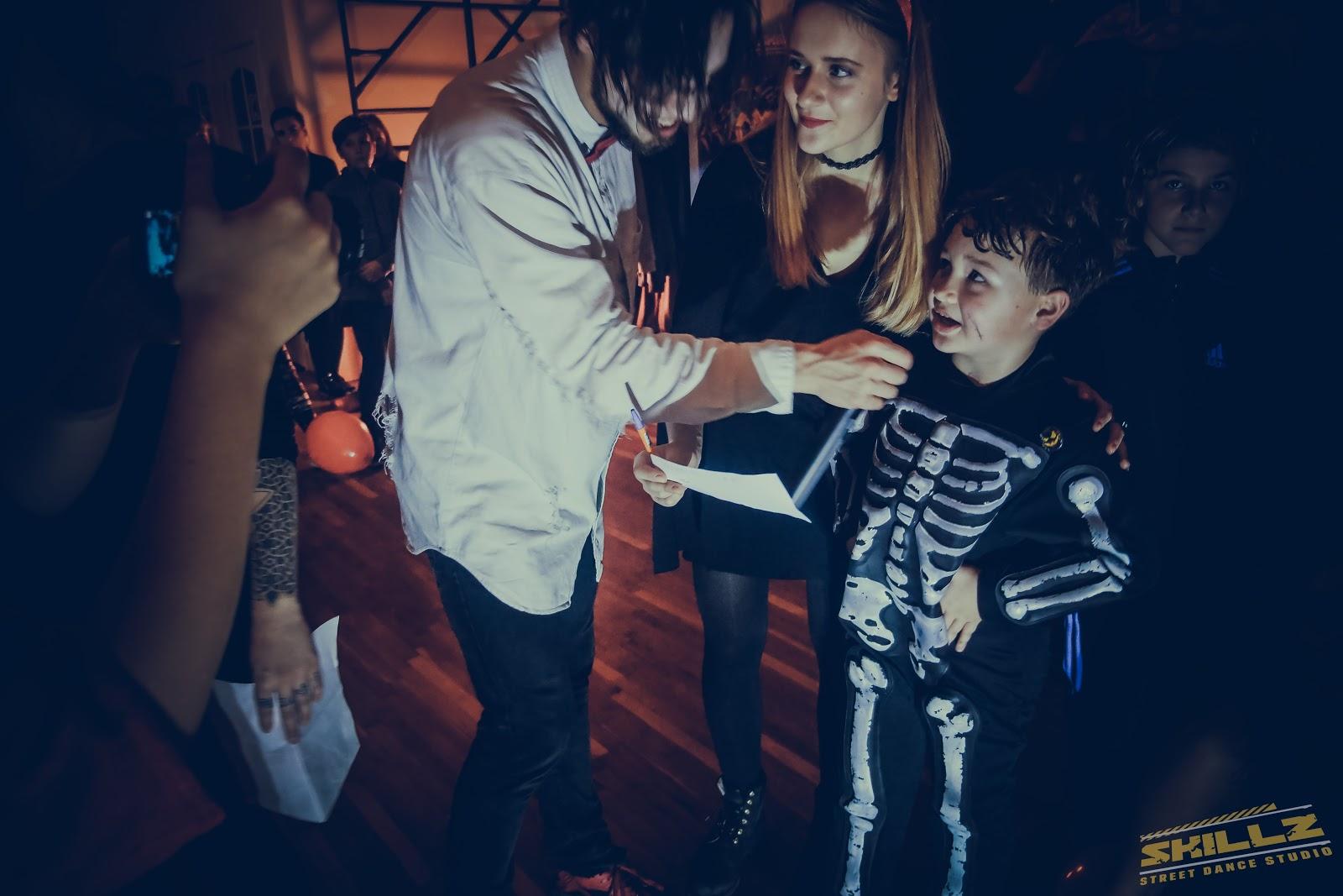 Naujikų krikštynos @SKILLZ (Halloween tema) - PANA2117.jpg