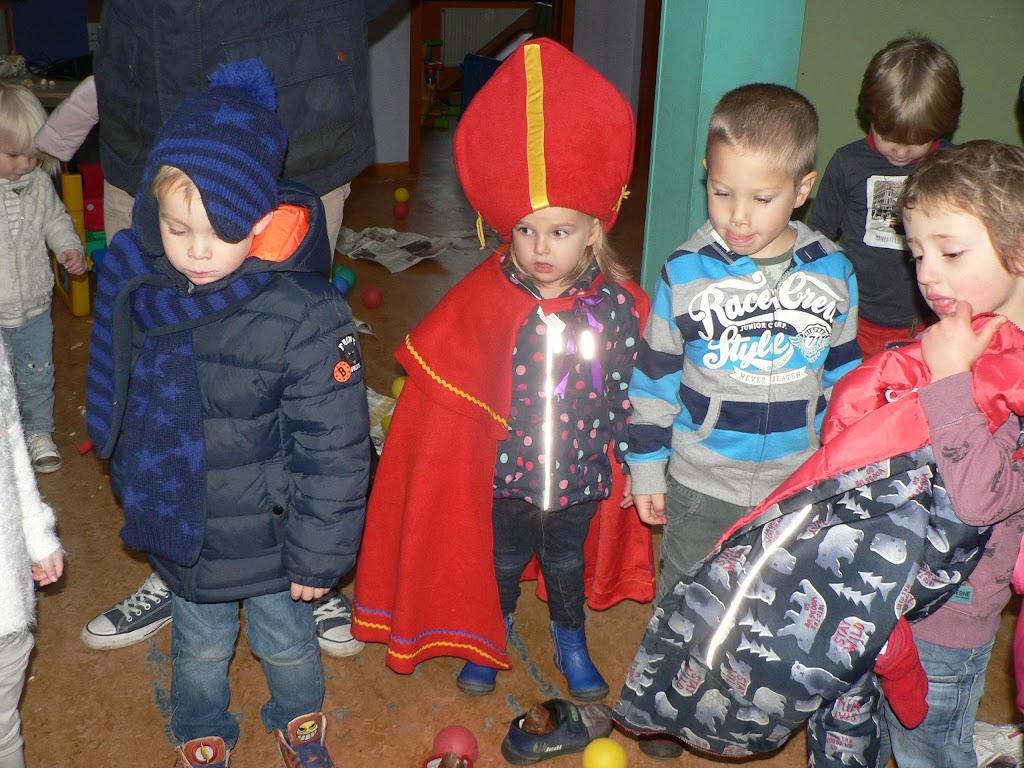 Sinterklaas op bezoek - P1270226.JPG