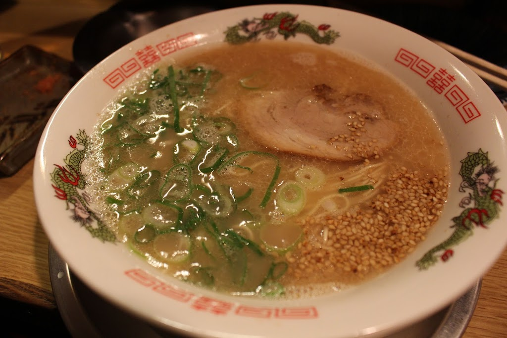 中洲の屋台で食べたラーメンの写真