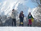 さて、森のくらし郷を離れて こちらは鹿島槍スキー場のリフトを使ってのビギナーコース。北アルプスの迫力はすごい! (徒歩2時間コース)