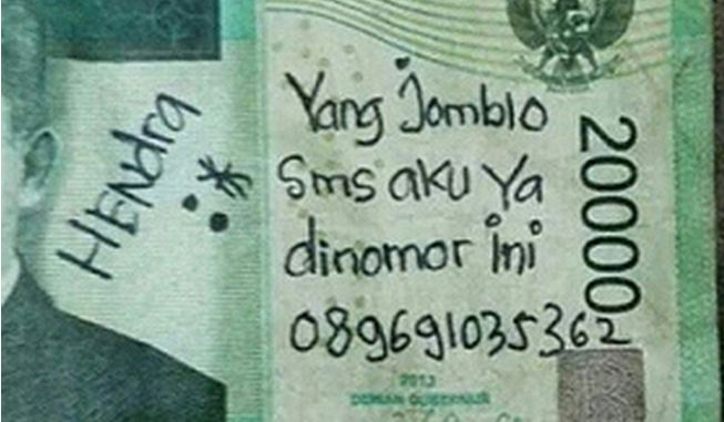 uang kertas coretan