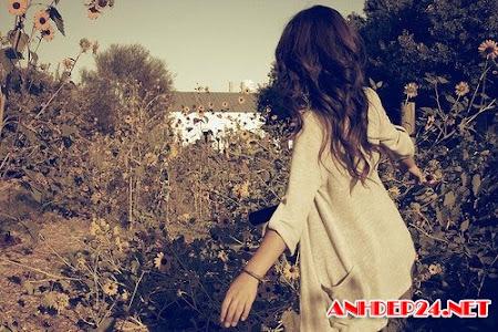 Ngắm hình ảnh những cô gái xinh đẹp buồn bã vì tình yêu tan vỡ khiến lòng người xót xa