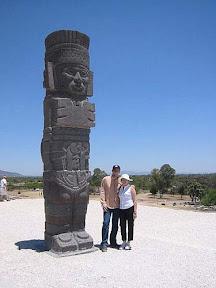Космонавты в скафандрах из г.Тула (Мексика)1.jpg