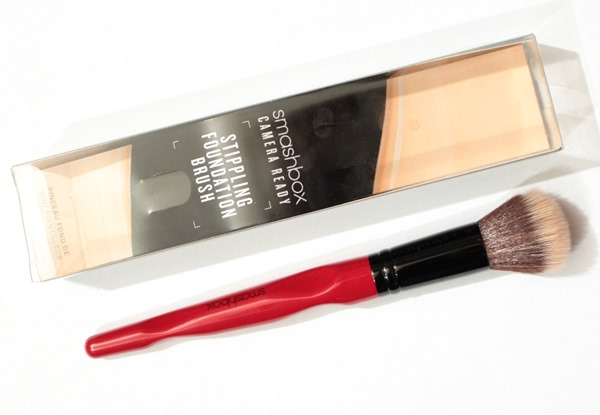 StipplingFoundationBrushSmashbox