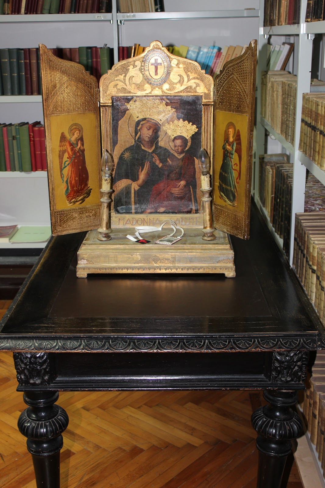 galleria-altare.JPG