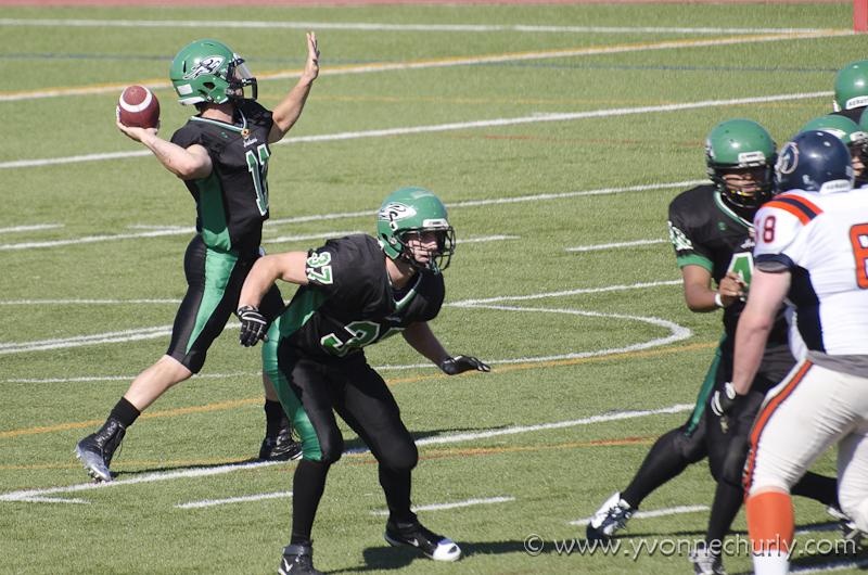 2012 Huskers vs Kamloops Broncos - _DSC5772-1.JPG
