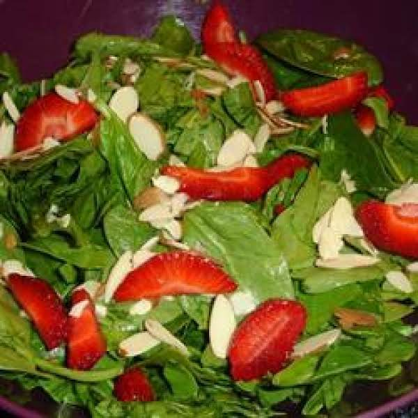 Spinach & Strawberry Salad Recipe