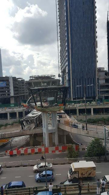 Gambar Sekitar Konkrit Runtuh Di KL Eco City 30 Nov 2016