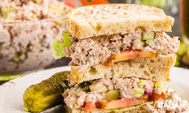 Tuna Salad Sandwich with bread