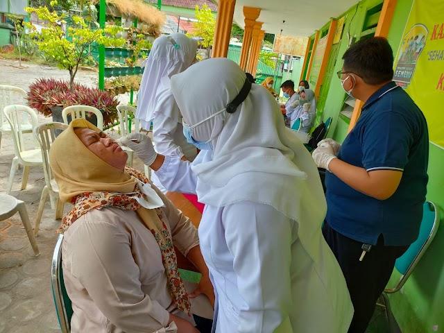 Polres Nganjuk Giatkan Serbuan Vaksinasi Merdeka Semeru 2021 Di Empat Lokasi Sekaligus