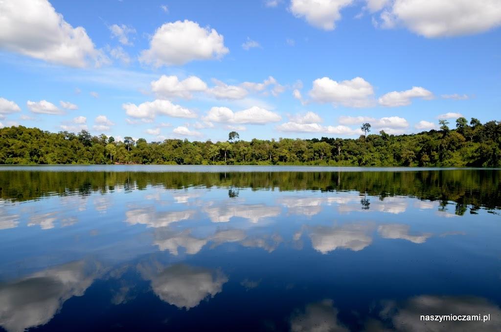 i takie - malownicze jezioro w sercu dżungli!