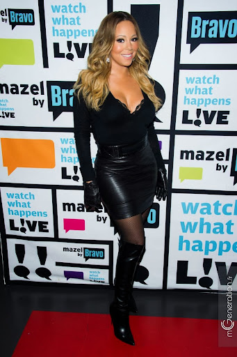 Mariah_Carey_leather_skirt_boots_gloves_01.jpg