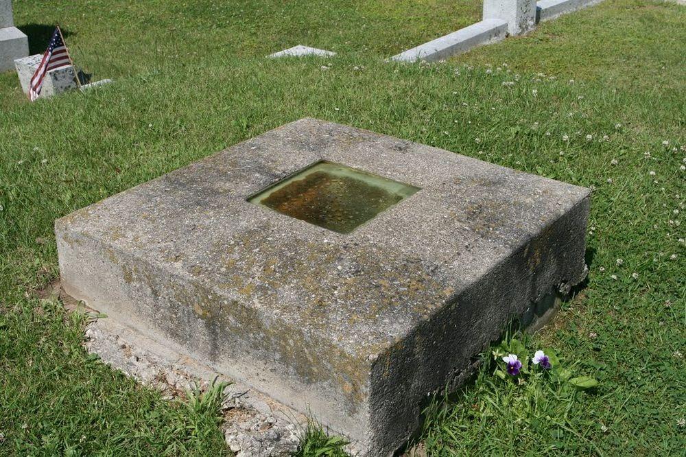 timothy-clark-smith-grave-1