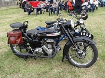 2017.10.01-011 moto Terrot 1950