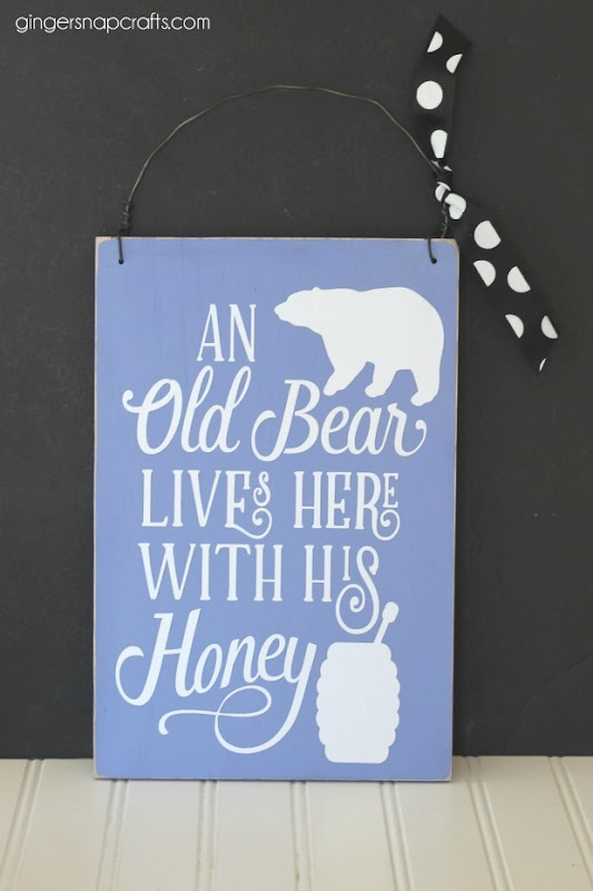 Old Bear Sign at GingerSnapCrafts.com #diy #sign #homedecor