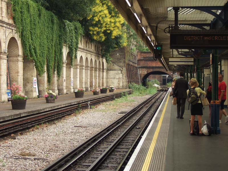 South Kensington (London Tube)
