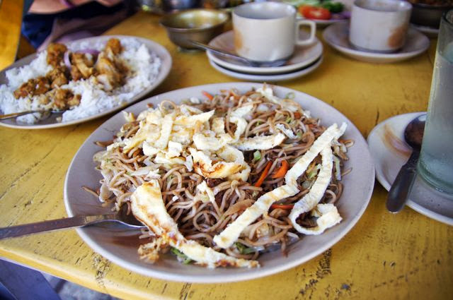 達人帶路-環遊世界-尼泊爾PoonHill健行-炒麵