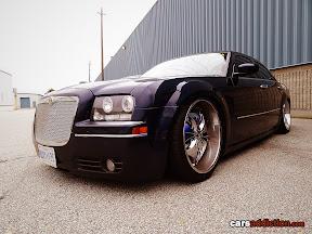 Chrysler 300C with deep dish wheels