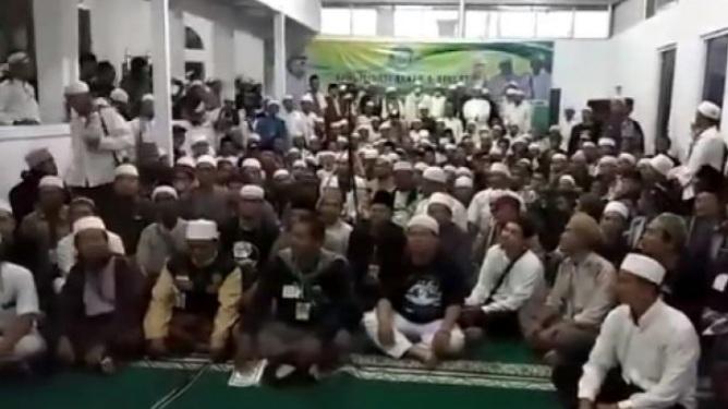 Massa Berkerumun dan Tak Pakai Masker, Deklarasi FPI di Bandung Ternyata Tak Berizin