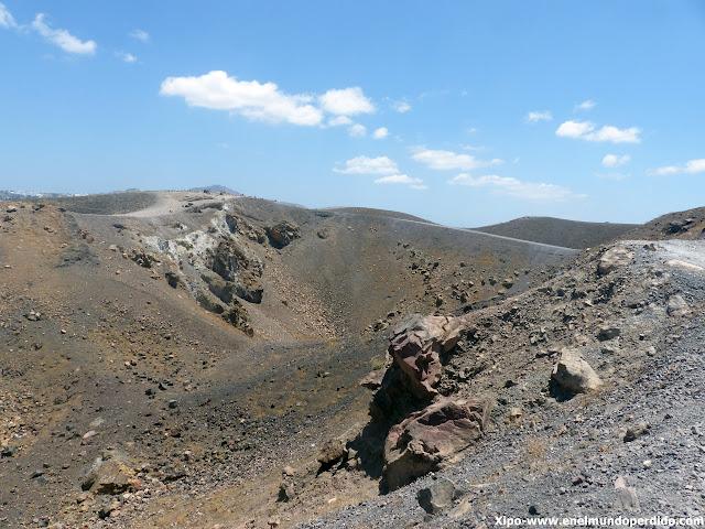 excursion-caldera-santorini-visita-volcan.JPG