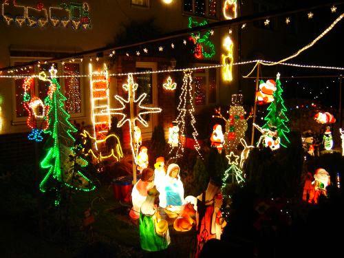 Christmas Lights 2005 - xmaslights2005075.jpg