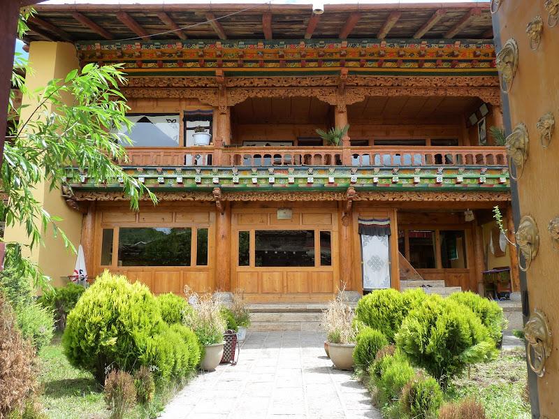 Chine. Yunnan.Shangri la Course hippique annuelle - P1250817.JPG