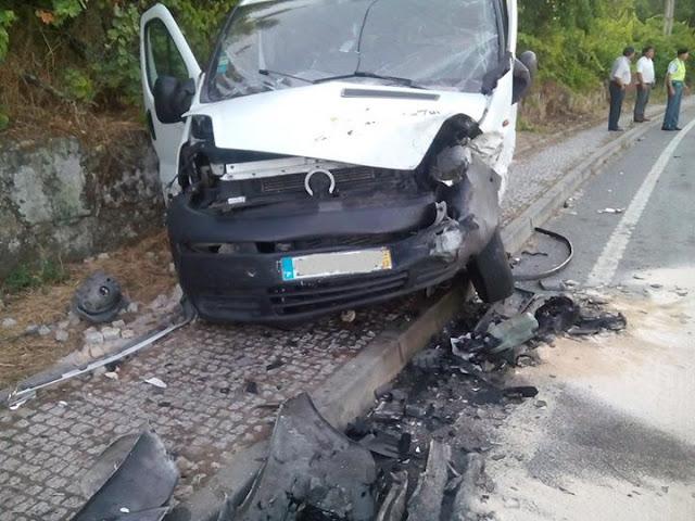 Colisão frontal na localidade de Britiande faz cinco feridos