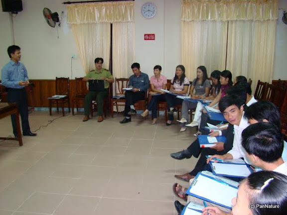Training on environmental education techniques for local teachers of schools in three communes in the buffer zone of Khau Ca protected area.