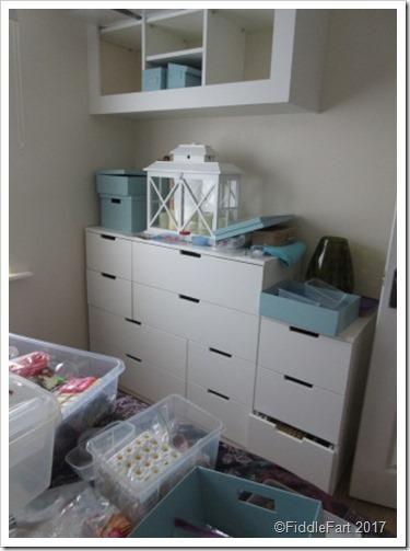 mid room tidy
