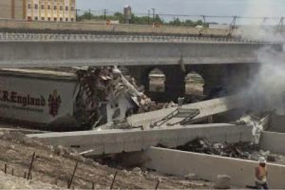 One Killed After Bridge Collapses On I-35 In Salado, Texas